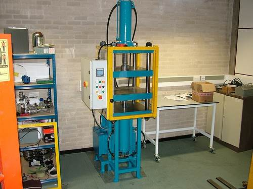 30 Ton Up and Down Stroking Press