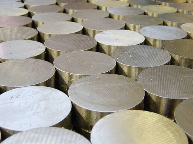 Stocking Metals in Various Shapes