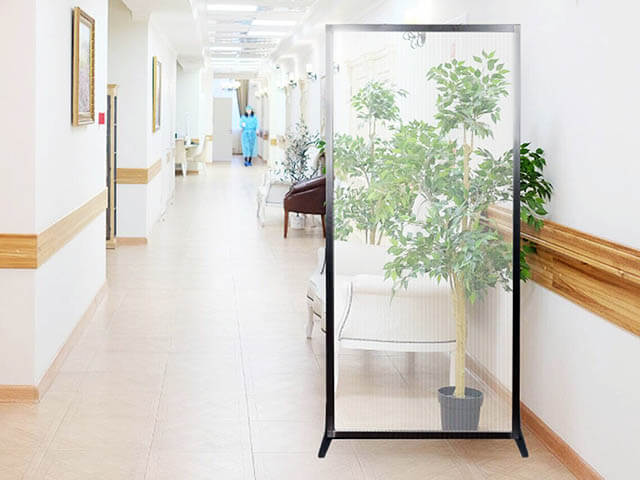 Clearview Freestanding Partition