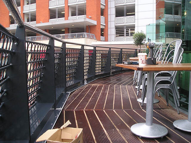 Restaurant Balustrades