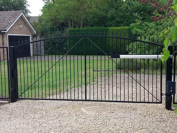 The Modified Pelham Gate