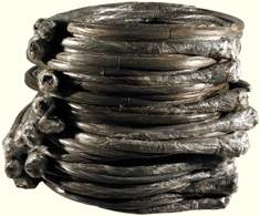 Buy your baling wire, strap and twine online from Kenburn