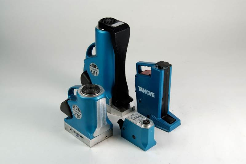 Increased Stock Levels of Tangye Hydraulic Jacks